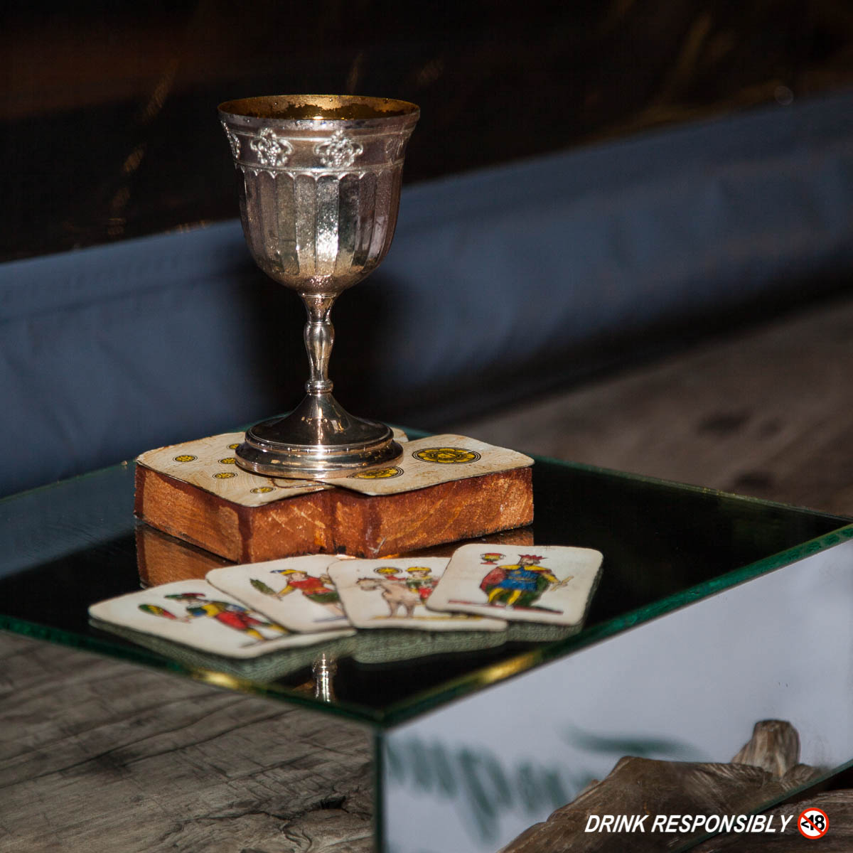 drawntolight-judges-dom-cocktail-tanqueray-2